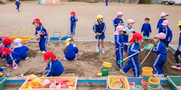 幼稚園での生活